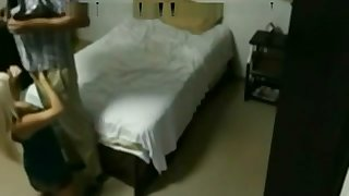 Guy Screws Not Brothers Wife in Tourist house Room
