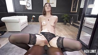 Lina Luxa - first class hole got monster cock challenge