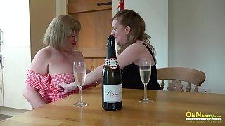 Mature ladies enjoying their seductive bodies and amazing lesbian masturbation skills