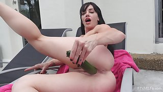 Deep oral sex with the cucumber for a thin mature woman