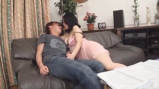 Japanese wife shakes guy's dick until it splashes jizz on her hands
