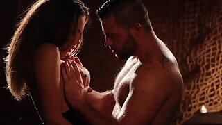 Candle light erotic video featuring smoking hot seductress Vanessa Decker
