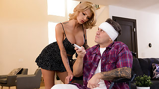 Joslyn James & Keiran Lee in XXXtra Compassionate Care - BRAZZERS