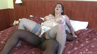 Chubby mature woman tries a black dick in the ass
