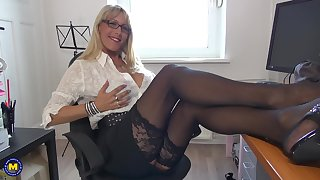 Nerdy grown-up blonde Lana Vegas oils herself up at the office
