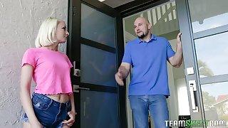 Perverted buxom Kiarra Kai tires to lure horny leprechaun to get her boobies massaged
