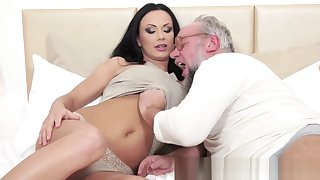Busty eurobabe fucked passionately by grandpa